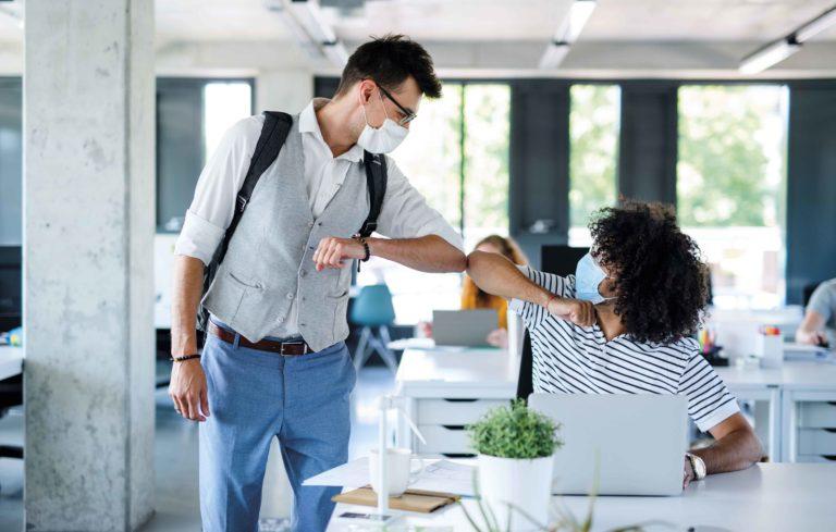La COVID-19 cambia el trabajo en las oficinas