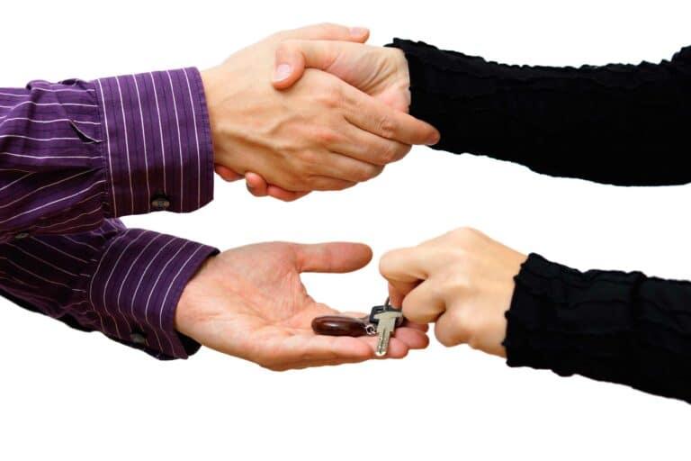 Yo a tu casa y tú a la mía: el intercambio de hogares gana terreno en España